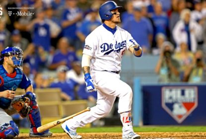 Yasmani Grandal será o catcher dos Dodgers no jogo 3 contra os Brewers - The Playoffs