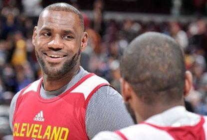 LeBron James usa sua conta twitter para reclamar de aplicativo da NBA - The Playoffs