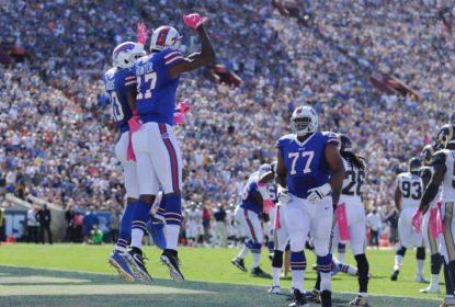 LeSean McCoy corre 150 jardas e ajuda Bills a vencer Rams - The Playoffs