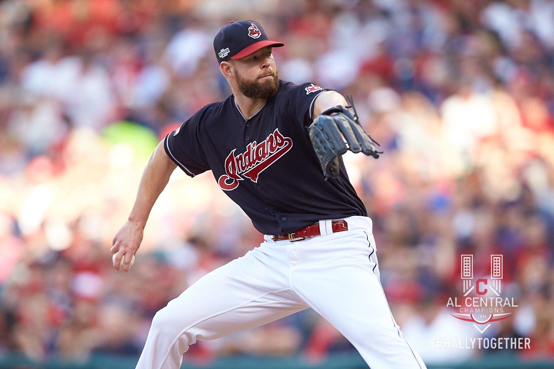 Corey Kluber comandou vitória dos Indians sobre os Red Sox