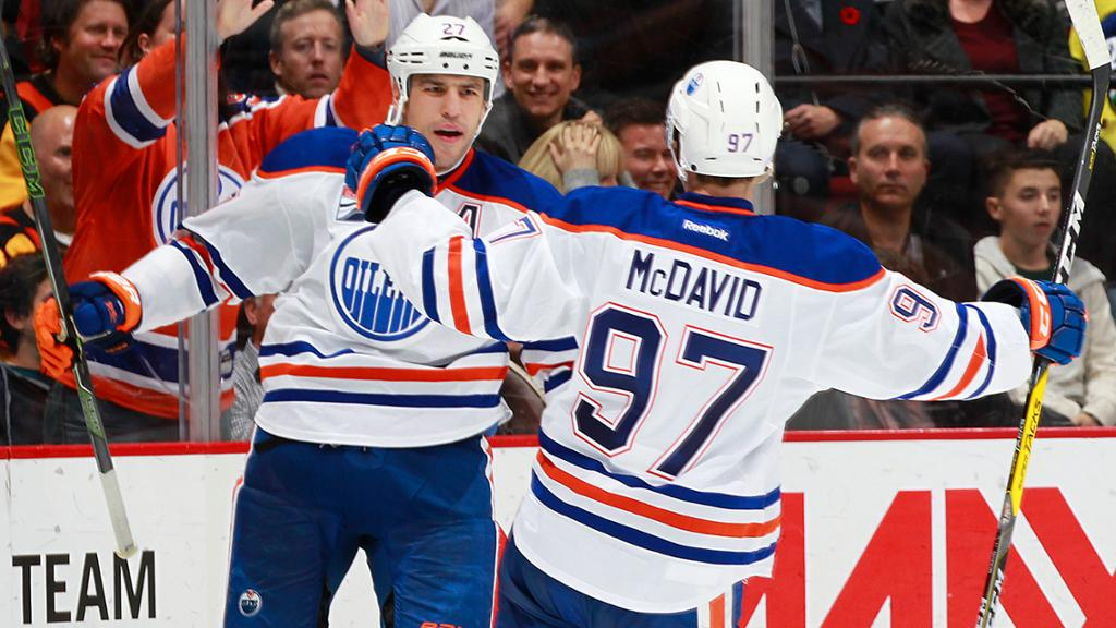 Oilers batem Canucks em shutout