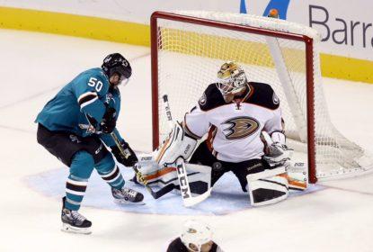 Ducks vencem Sharks e conquistam primeira vitória na pré-temporada - The Playoffs