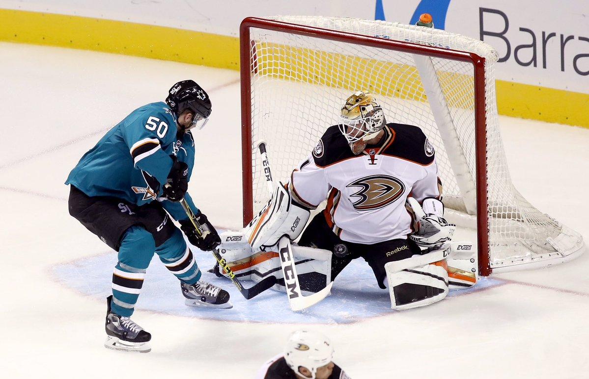 Ducks vencem primeira na pré-temporada da NHL