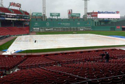 Jogo 3 entre Indians e Red Sox é adiado pela chuva no Fenway Park - The Playoffs