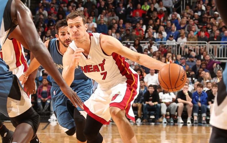 Timberwolves vencem Heat na pré-temporada da NBA
