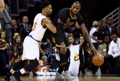 LeBron James e companheiros jogam desafio da garrafa na partida contra os Knicks - The Playoffs