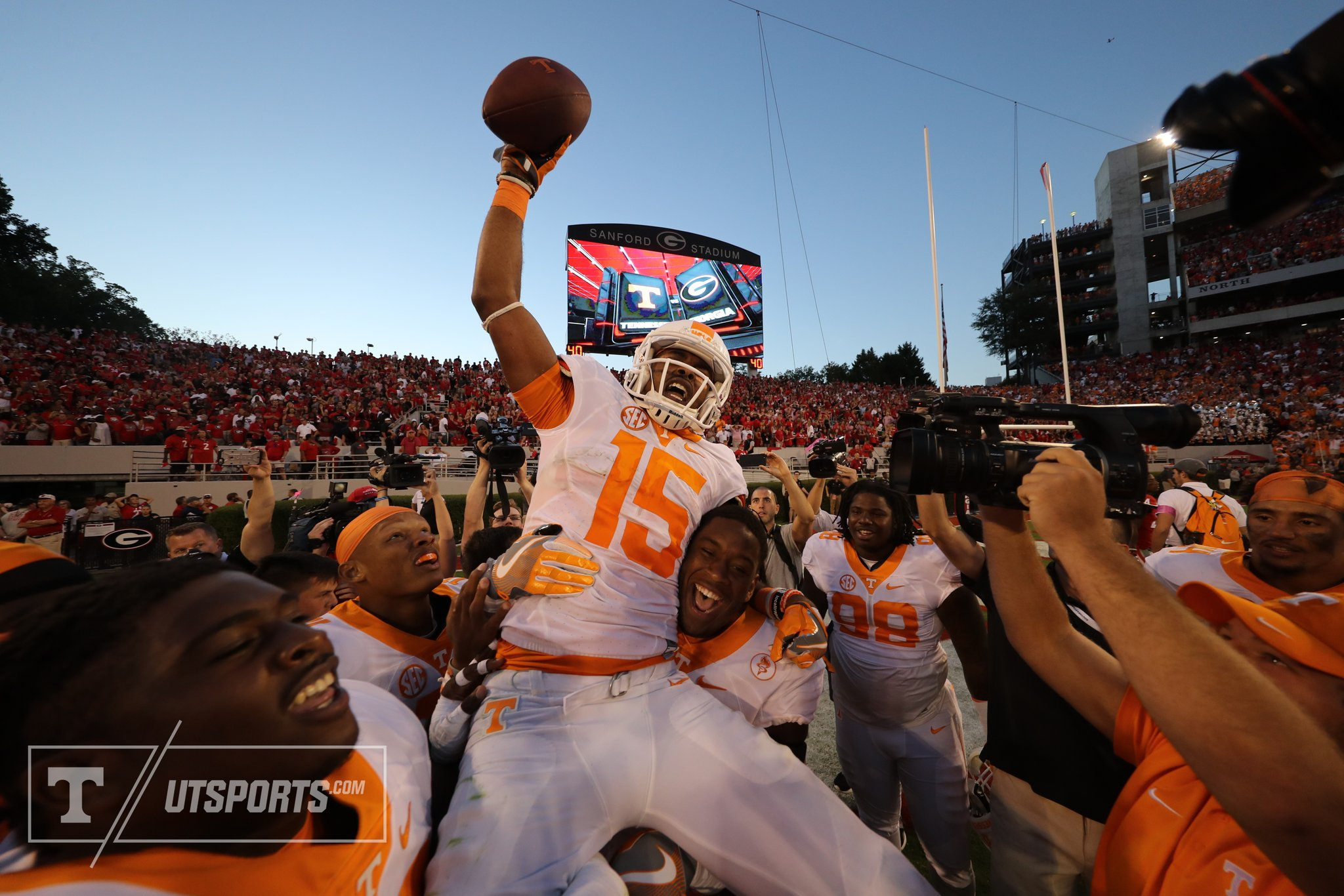 Tennessee vence Georgia com Hail Mary