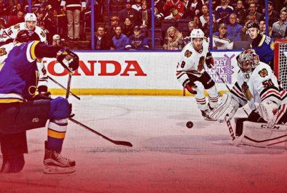 Blackhawks vencem sétima seguida na NHL