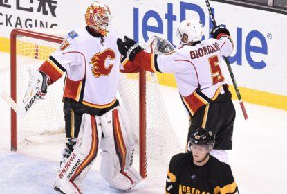 Em jogo cheio de brigas, Flames batem Bruins em Boston - The Playoffs