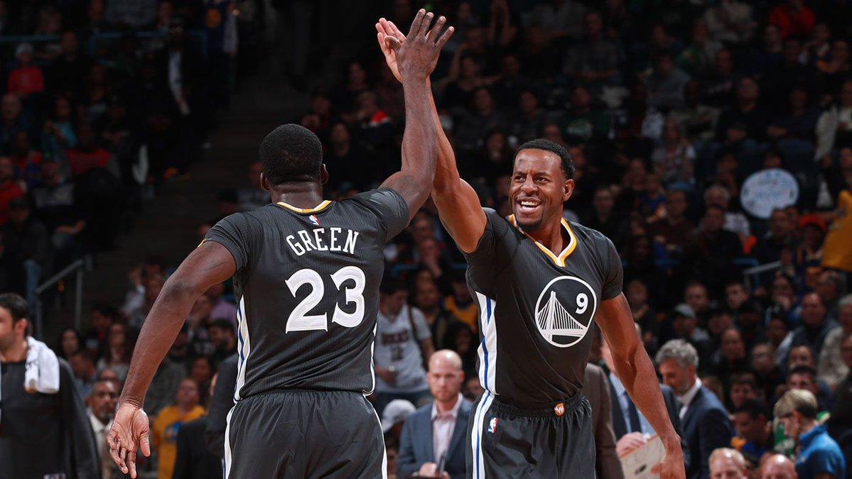 Warriors vencem Bucks em jogo emocionante