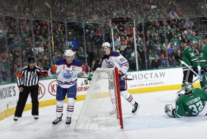 McDavid anota hat-trick, encerra seca e Oilers vencem Stars - The Playoffs