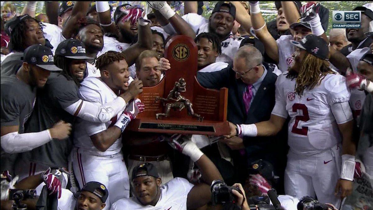 [ENTENDA O JOGO] Como funciona a Bowl Season do College Football? - The Playoffs