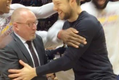 Ex-Cavaliers, Matthew Dellavedova recebe seu anel de campeão da NBA pelo título de 2015 - The Playoffs