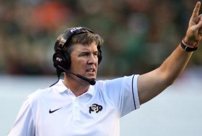 Mike MacIntyre, treinador de Colorado, é nomeado treinador do ano pela Associated Press - The Playoffs