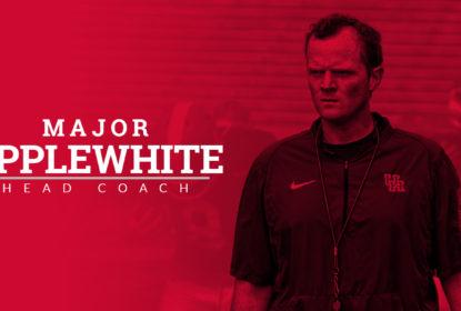 Houston anuncia Major Applewhite como novo treinador - The Playoffs