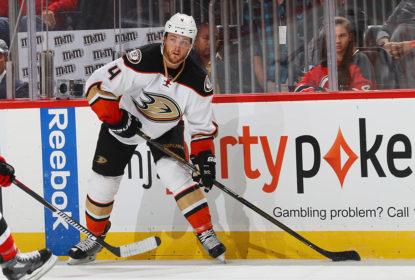 Com lesão no joelho, Cam Fowler ficará fora nos Ducks por até 7 semanas - The Playoffs