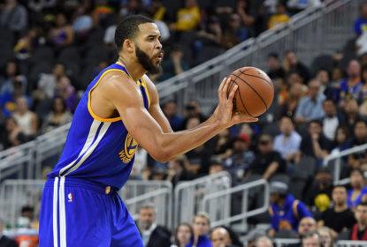 JaVale McGee volta a pagar mico e leva colegas de Warriors à loucura - The Playoffs