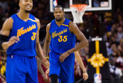 Kevon Durant vai brilhando no Golden State Warriors
