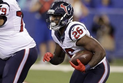 Chicago Bears assina com RB veterano Lamar Miller - The Playoffs