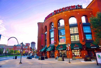 Partida entre Cardinals e Cubs é adiada devido a novos testes positivos de COVID-19 - The Playoffs