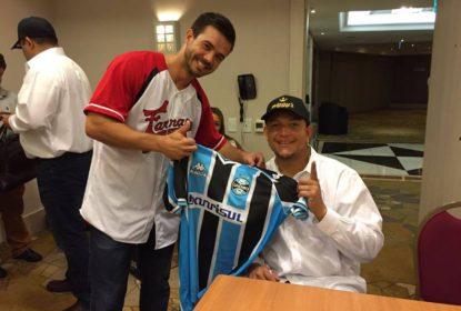 Tratando de negócios no Brasil, Miguel Cabrera distribui autógrafos para time de Porto Alegre - The Playoffs