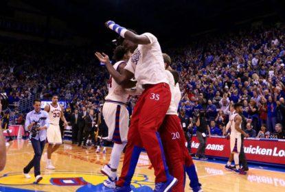 Com grande jogo de Graham e Mason, Kansas vira jogo impossível e bate West Virginia - The Playoffs