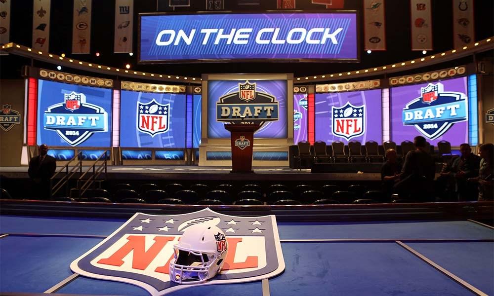 Os 10 melhores prospectos para o NFL Draft de 2017