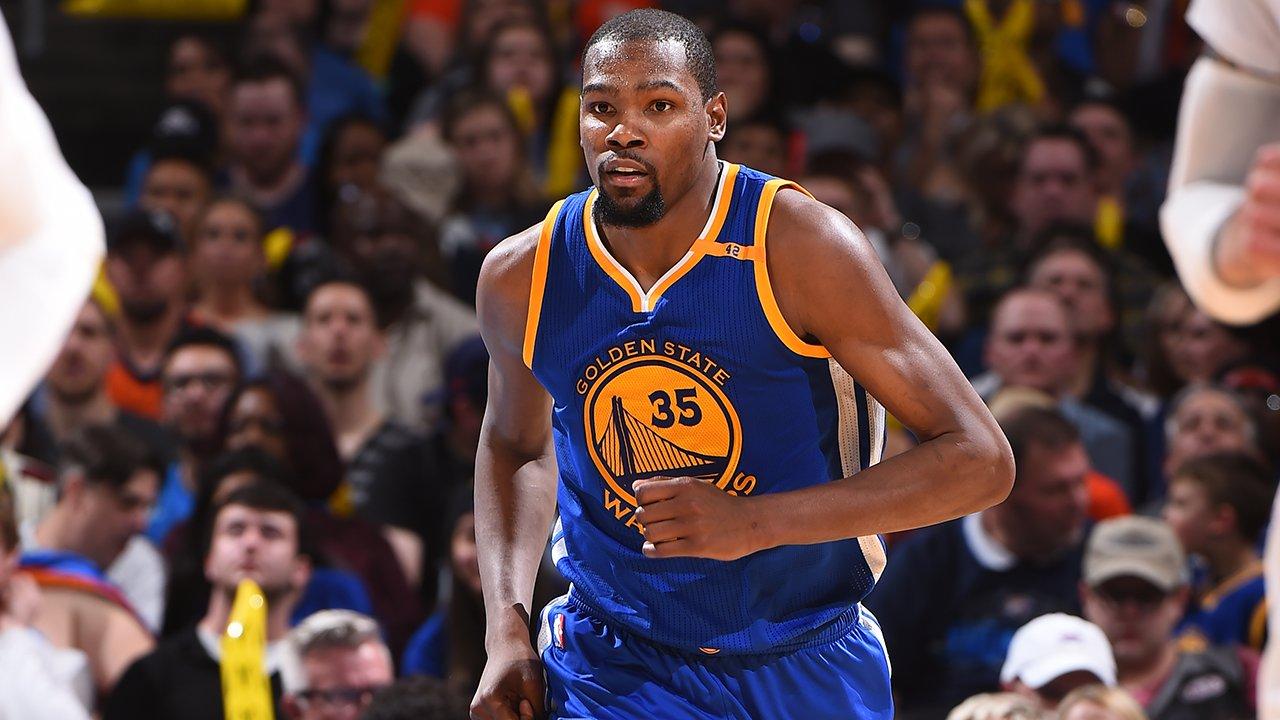 Kevin Durant é destaque dos Warriors em vitória contra OKC