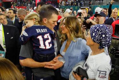 """Brady diz se sentir """"OK"""" sobre não ser o quarterback mais bem pago da NFL - The Playoffs"""