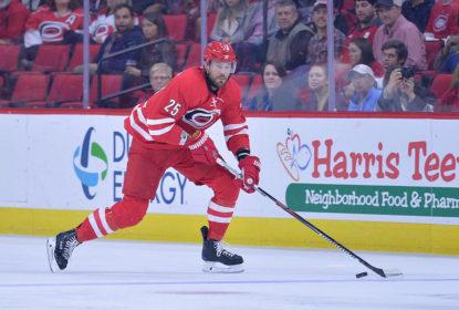 Viktor Stalberg deixa os Hurricanes e jogará pelos Senators - The Playoffs