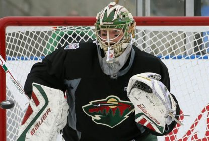 Devan Dubnyk demonstra calma após resultados ruins do Minnesota Wild - The Playoffs