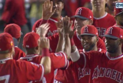 Com direito a no-hitter, Los Angeles Angels vence Seattle Mariners por 4 a 0 - The Playoffs