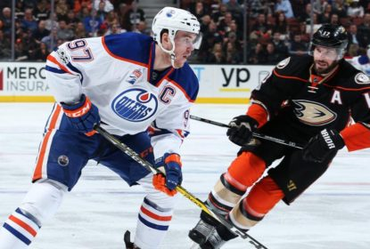 Fora de casa, Oilers vencem Ducks e largam na frente na série - The Playoffs