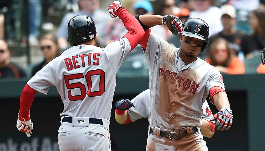 Com HR de Mookie Betts, Red Sox vencem Orioles