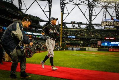 Reconhecimento: Ichiro Suzuki é ovacionado em pleno Safeco Field - The Playoffs