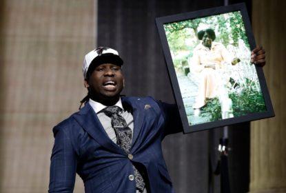 NFL confirma e Takkarist McKinley não será multado - The Playoffs