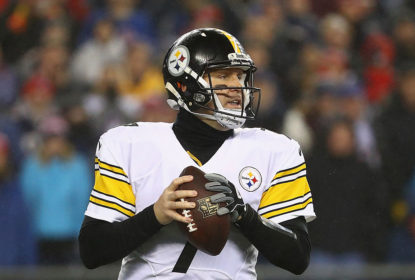FOXBORO, MA - JANUARY 22: Ben Roethlisberger #7 of the Pittsburgh Steelers looks to pass the ball against the New England Patriots in the AFC Championship Game at Gillette Stadium on January 22, 2017 in Foxboro, Massachusetts.