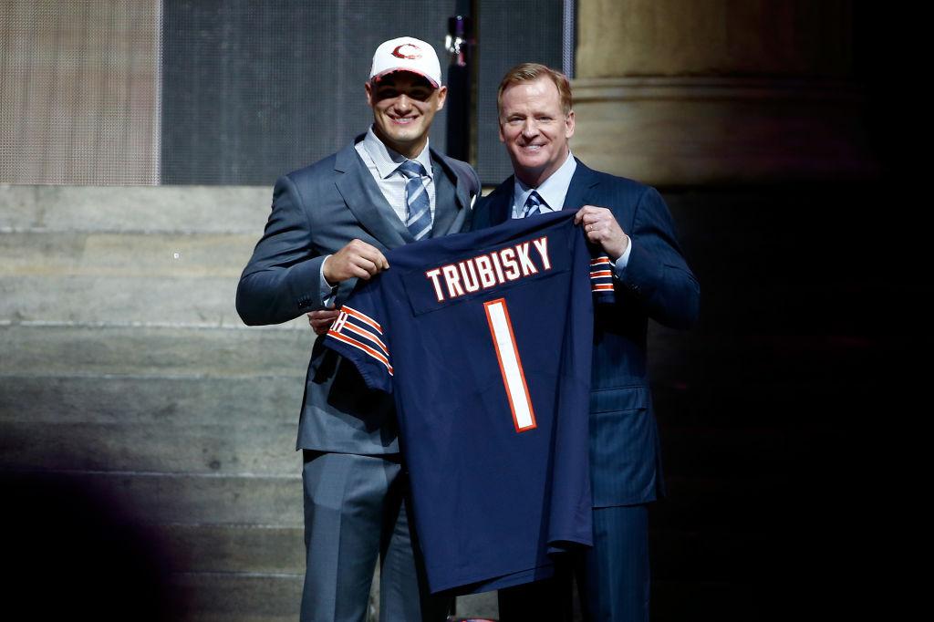 Mitchell Trubisky é escolhido pelo Chicago Bears no Draft da NFL