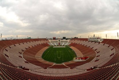 USC vende direitos de nome de seu estádio para empresa aérea americana - The Playoffs