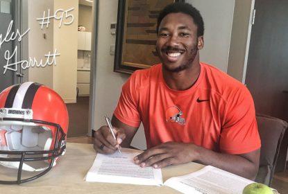 Myles Garrett assina contrato com os Browns - The Playoffs