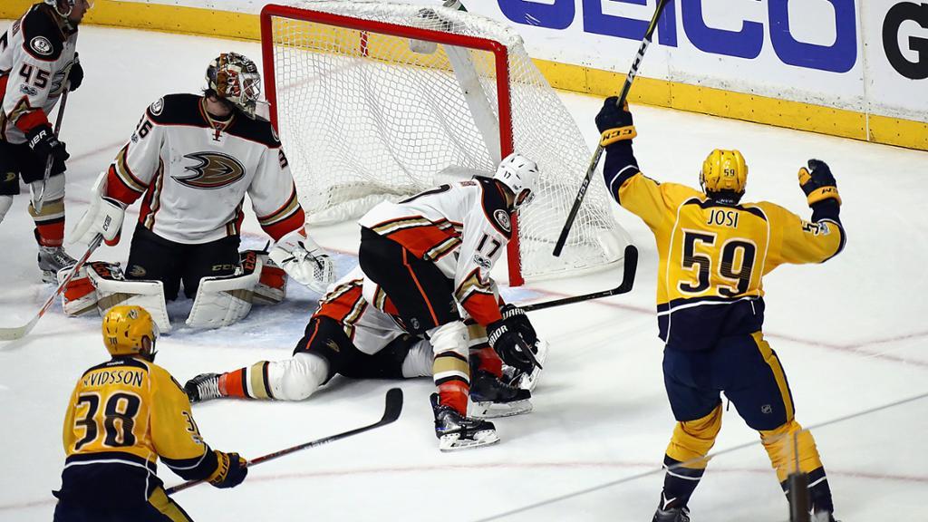 Josi faz gol decisivo, Predators derrotam Ducks e lideram final do Oeste