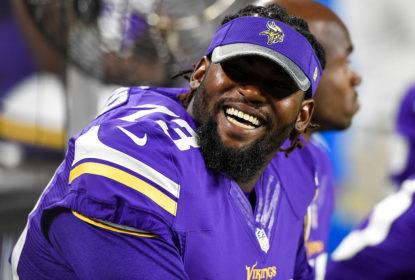 Sharrif Floyd espera voltar a jogar nos Vikings ainda em 2017 - The Playoffs