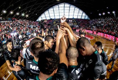 Bauru empata série das finais do NBB 2016/2017 e leva decisão para o jogo 5 em Araraquara - The Playoffs