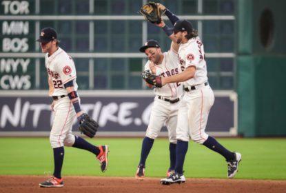 Astros vencem A's com dois home runs de Carlos Correa - The Playoffs