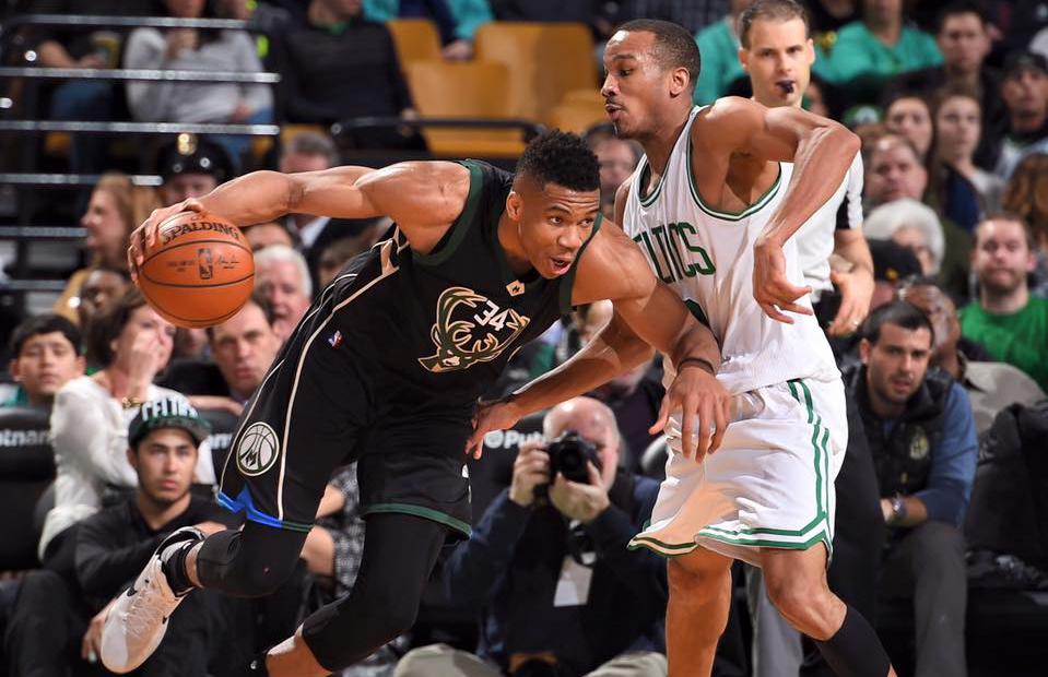 Antetokounmpo é eleito o jogador que mais evoluiu na temporada 2016/2017 da NBA - The Playoffs
