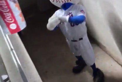Mascote se envolve em polêmica e causa dor de cabeça para o New York Mets - The Playoffs