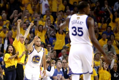 Com Kerr no banco, Warriors vencem Cavs no Jogo 2 - The Playoffs
