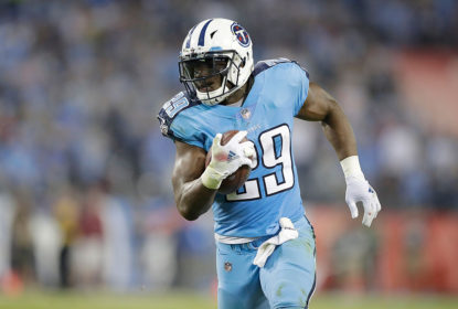 NASHVILLE, TN - OCTOBER 27: DeMarco Murray runs for a touchdown during the second quarter of the game against the Jacksonville Jaguars at Nissan Stadium on October 27, 2016 in Nashville, Tennessee.