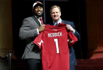 Cardinals assinam com escolha de 1ª rodada do Draft Haason Reddick - The Playoffs