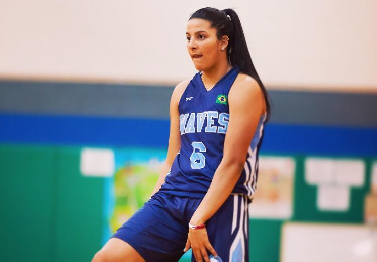 Izabela Nicoletti vai jogar em Florida State
